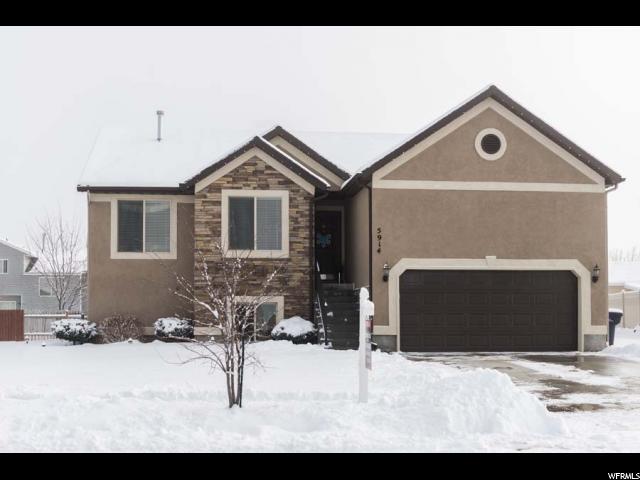 单亲家庭 为 销售 在 5914 S 4150 W Roy, 犹他州 84067 美国