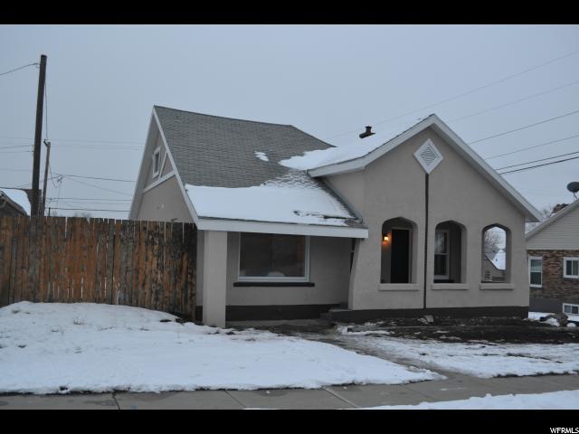 Unifamiliar por un Venta en 10223 S CARR FORK Road Copperton, Utah 84006 Estados Unidos