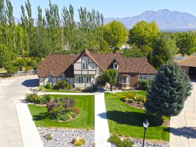 Single Family for Sale at 8897 S 3020 W West Jordan, Utah 84088 United States