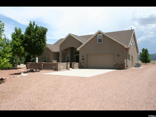 Single Family للـ Sale في 1382 N 2500 E Enterprise, Utah 84725 United States