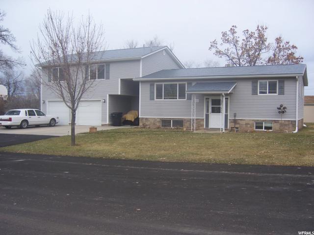 Unique la famille pour l Vente à 241 E 400 S Mount Pleasant, Utah 84647 États-Unis