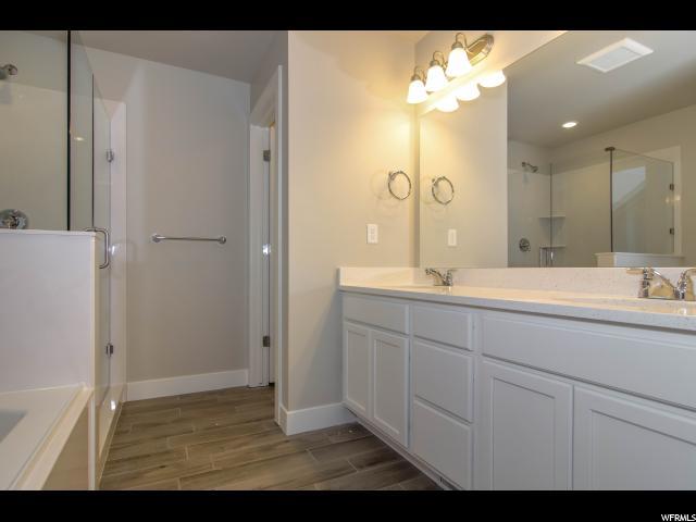 Additional photo for property listing at 5357 S BURNTSIDE Avenue 5357 S BURNTSIDE Avenue Unit: 244 南约旦, 犹他州 84009 美国