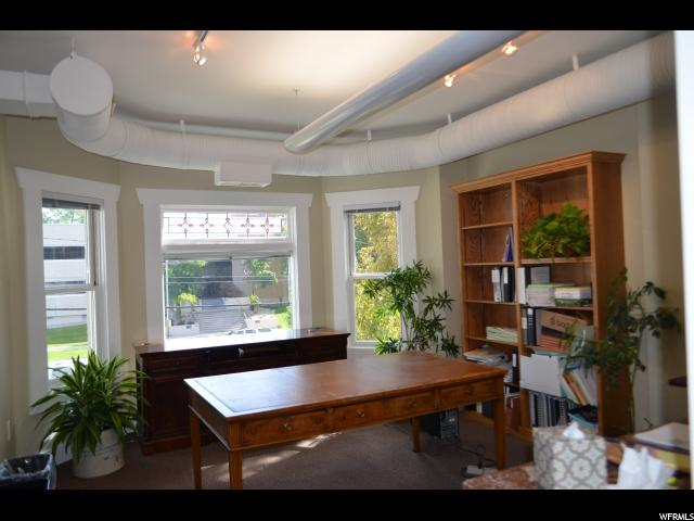 Additional photo for property listing at 460 E 400 S 460 E 400 S 盐湖城市, 犹他州 84111 美国