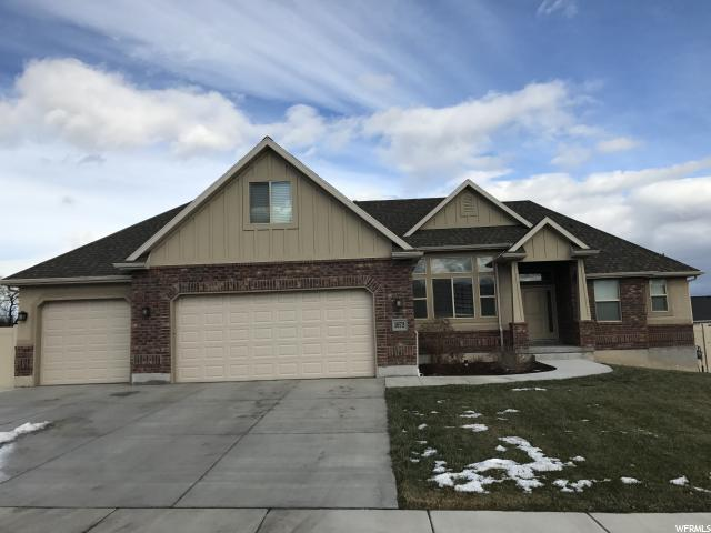 1672 W HUNTERS CREEK CIR, South Jordan UT 84095