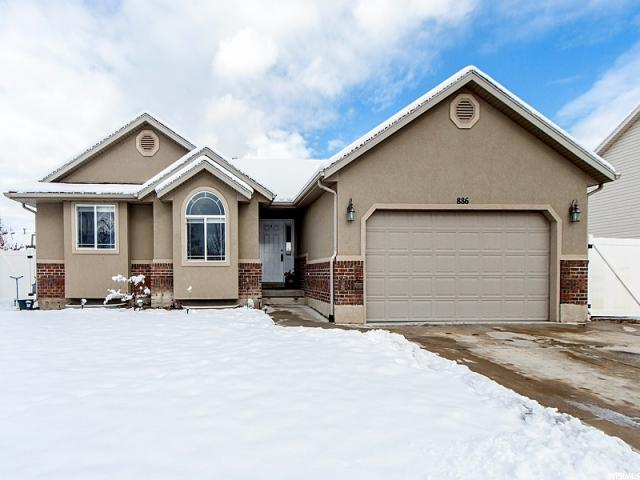 Single Family for Sale at 886 W 2225 S Woods Cross, Utah 84087 United States