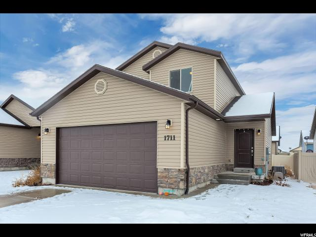 1711 E SHADOW DR, Eagle Mountain UT 84005