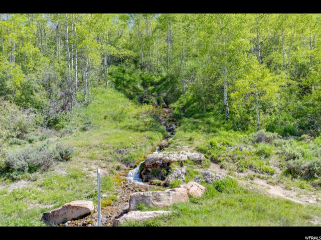 Additional photo for property listing at 6150 UT-39 6150 UT-39 Huntsville, Юта 84317 Соединенные Штаты