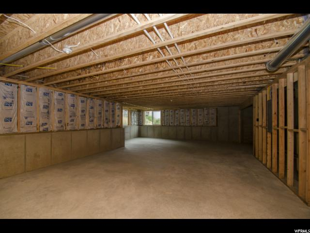 Additional photo for property listing at 2078 N 4725 W 2078 N 4725 W Plain City, 犹他州 84404 美国
