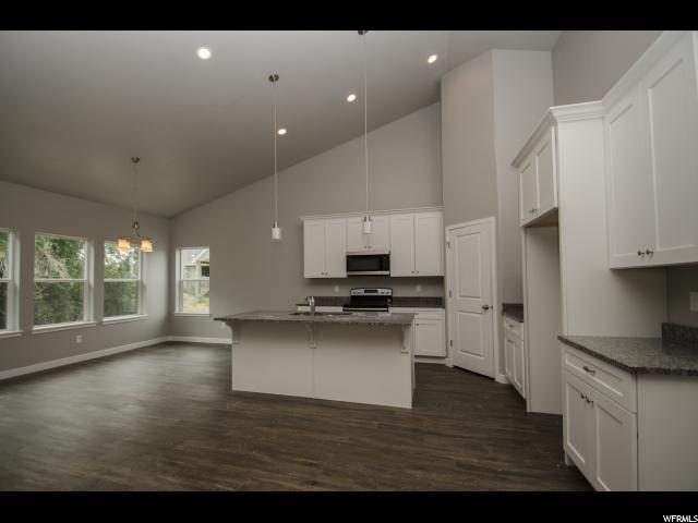 Additional photo for property listing at 2078 N 4725 W  Plain City, Utah 84404 Estados Unidos