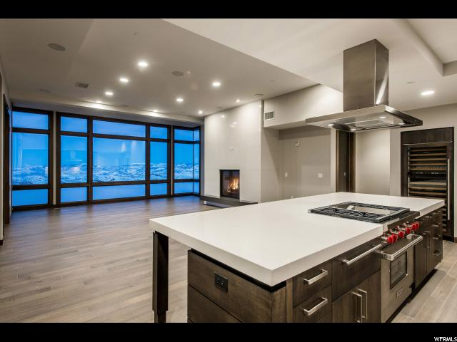 Condominium for Sale at 6702 STEIN Circle 6702 STEIN Circle Unit: 333 Deer Valley, Utah 84060 United States