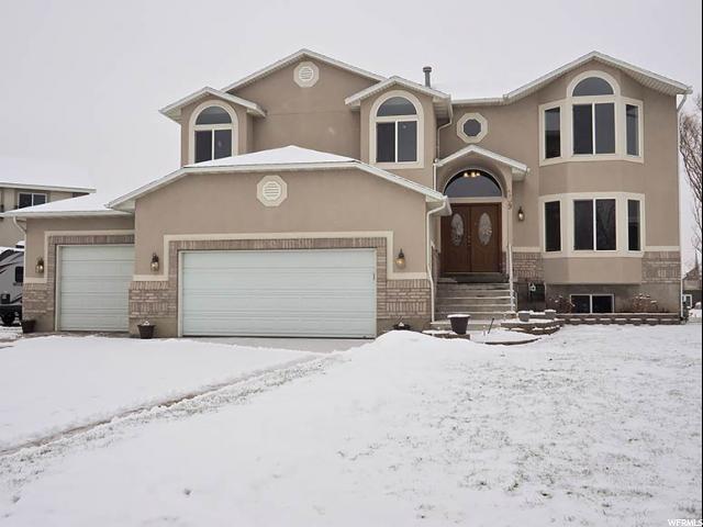单亲家庭 为 销售 在 209 LAKEVIEW 斯坦斯伯里帕克, 犹他州 84074 美国
