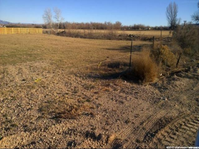 Additional photo for property listing at 1649 S 500 W 1649 S 500 W Vernal, Utah 84078 États-Unis