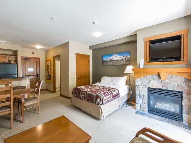 Additional photo for property listing at 12080 E BIG COTTONWOOD CANYON Road 12080 E BIG COTTONWOOD CANYON Road Unit: 106 Solitude, Utah 84121 United States