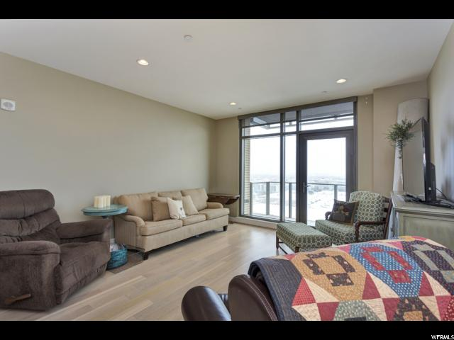 Home for sale at 99 W South Temple St #1305, Salt Lake City, UT  84101. Listed at 435000 with 1 bedrooms, 1 bathrooms and 941 total square feet