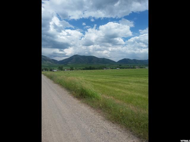Additional photo for property listing at Address Not Available  Paradise, 犹他州 84328 美国