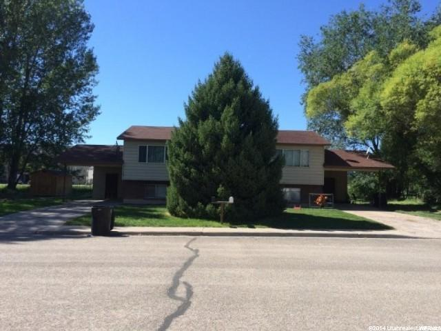 Duplex for Sale at 326 S 900 W Vernal, Utah 84078 United States
