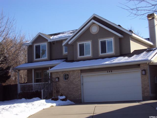 单亲家庭 为 销售 在 548 E WOOD ROSE Circle Midvale, 犹他州 84047 美国