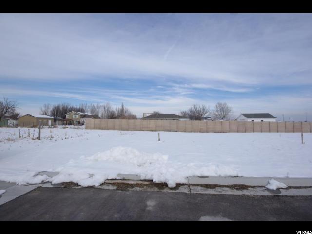 Terrain pour l Vente à 3000 W 12600 S 3000 W 12600 S Riverton, Utah 84065 États-Unis