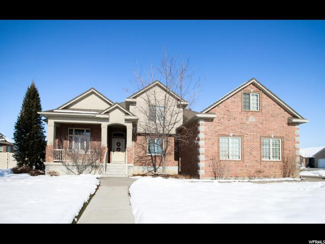 Single Family for Sale at 572 W 2225 S Syracuse, Utah 84075 United States