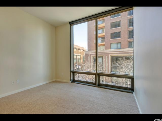 Additional photo for property listing at 45 W SOUTH TEMPLE Street 45 W SOUTH TEMPLE Street Unit: 201E Salt Lake City, Utah 84101 États-Unis