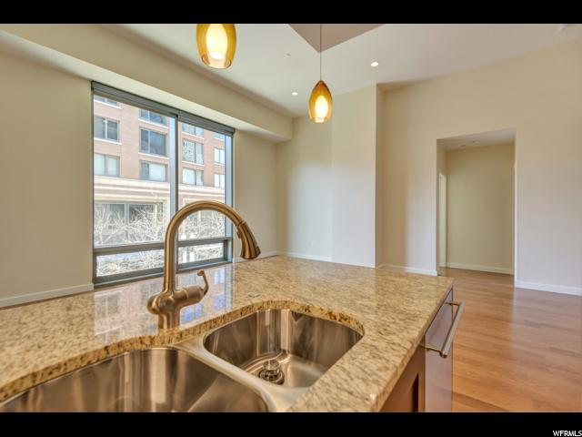 Additional photo for property listing at 45 W SOUTH TEMPLE Street 45 W SOUTH TEMPLE Street Unit: 201E Salt Lake City, Юта 84101 Соединенные Штаты