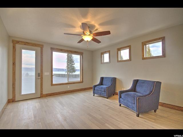 Additional photo for property listing at 617 S AMBER Lane 617 S AMBER Lane Unit: #10 Garden City, Utah 84028 États-Unis