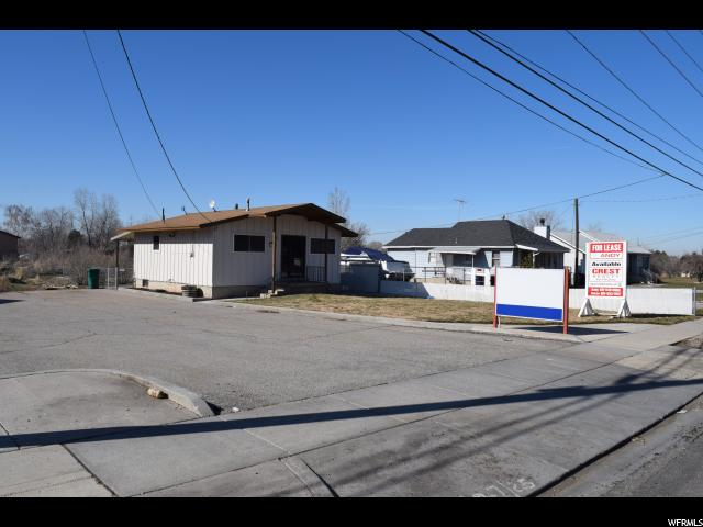 Commercial for Rent at 4593 S 1900 W Roy, Utah 84067 United States
