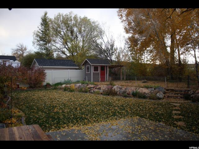 Additional photo for property listing at 727 N 3625 W 727 N 3625 W Vernal, Utah 84078 États-Unis