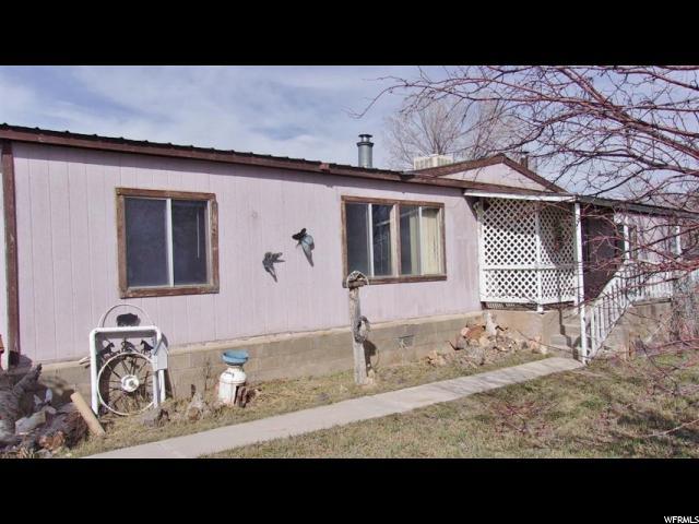 Unique la famille pour l Vente à 4166 N 12000 W Bluebell, Utah 84007 États-Unis