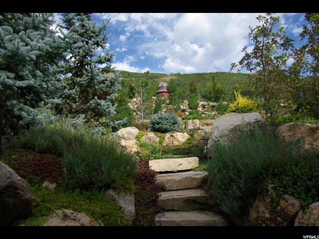 686 E COUNTRY CT North Salt Lake, UT 84054 - MLS #: 1428651