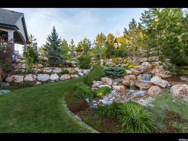 Additional photo for property listing at 686 E COUNTRY Court 686 E COUNTRY Court North Salt Lake, Utah 84054 United States