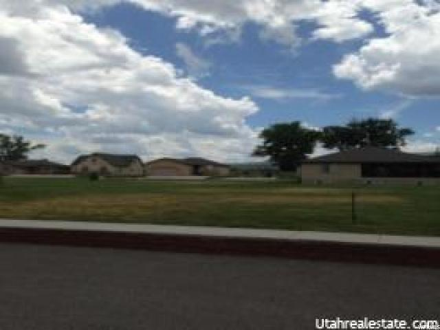 2027 LAKE COTTAGE DR, Garden City, UT 84028