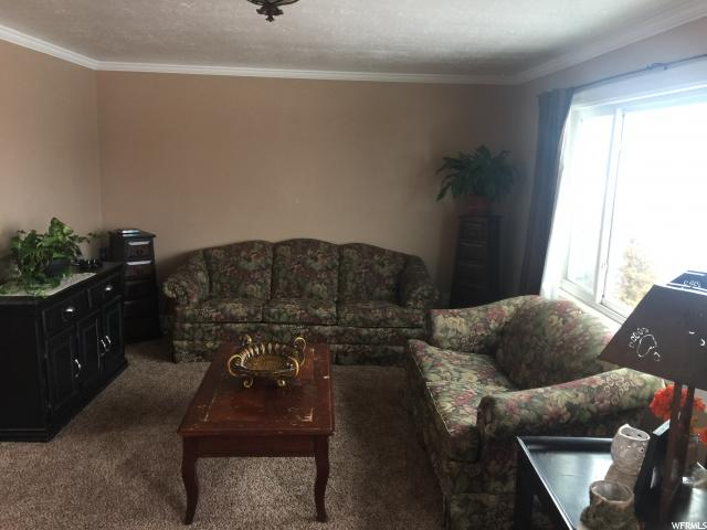 Additional photo for property listing at 3354 E 3500 S  Vernal, 犹他州 84078 美国