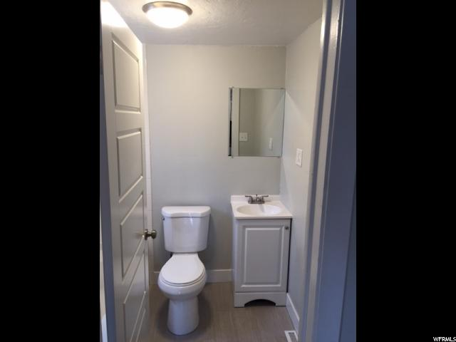 Additional photo for property listing at 425 E 1855 S 425 E 1855 S Salt Lake City, Юта 84105 Соединенные Штаты