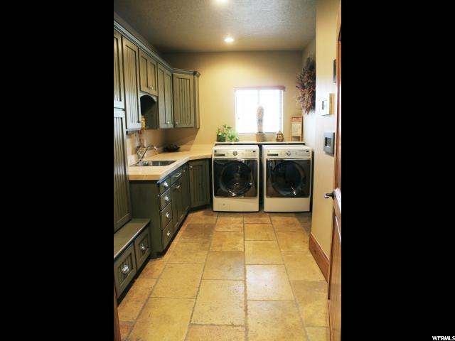Additional photo for property listing at 1429 E 400 N  Spanish Fork, Utah 84660 États-Unis