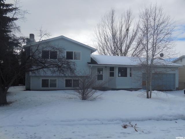 单亲家庭 为 销售 在 1561 GOLDEN GATE Street Pocatello, 爱达荷州 83201 美国