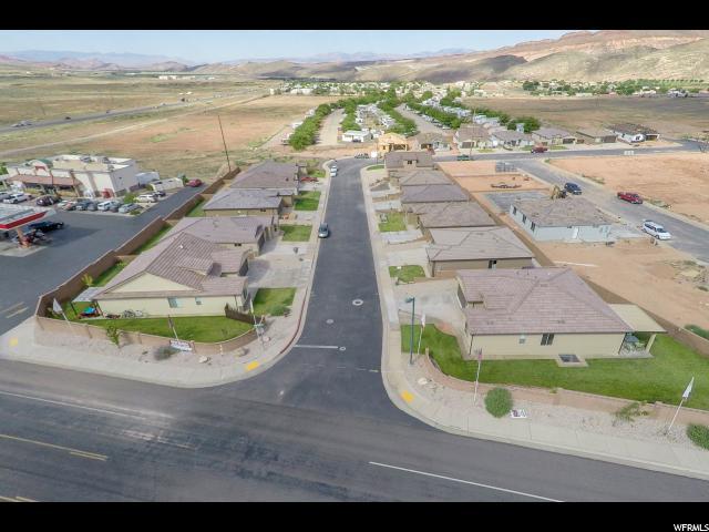 Additional photo for property listing at 138 N 3425 W 138 N 3425 W Unit: 37 Hurricane, Utah 84737 États-Unis