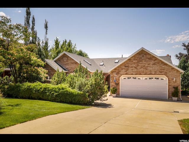 单亲家庭 为 销售 在 324 S 1800 E Fruit Heights, 犹他州 84037 美国