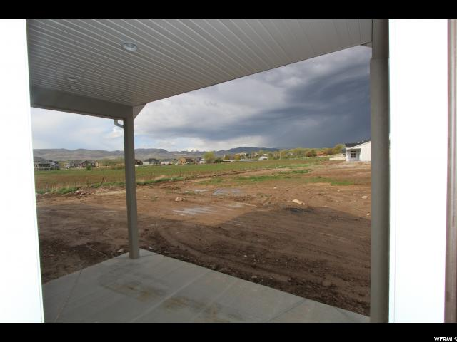 Additional photo for property listing at 14126 S PARA ADAMS Drive 14126 S PARA ADAMS Drive Unit: 124 Bluffdale, Utah 84065 États-Unis