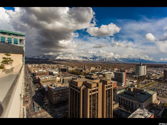 Home for sale at 48 W 300 South #902, Salt Lake City, UT  84101. Listed at 297000 with 1 bedrooms, 2 bathrooms and 1,337 total square feet