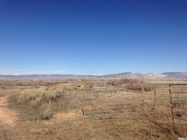 Additional photo for property listing at 2101 E GOOSE RANCH (6200) S Road 2101 E GOOSE RANCH (6200) S Road Vernal, Utah 84078 États-Unis