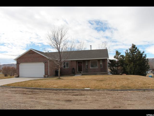 单亲家庭 为 销售 在 60 S 200 W Mona, 犹他州 84645 美国