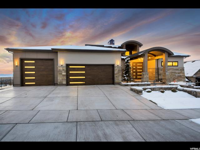 Unique la famille pour l Vente à 1256 S HIGH CREST Circle Fruit Heights, Utah 84037 États-Unis