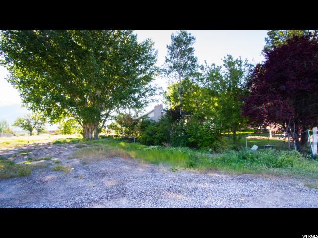 Additional photo for property listing at 205 S 1300 W Street 205 S 1300 W Street Pleasant Grove, Utah 84062 États-Unis