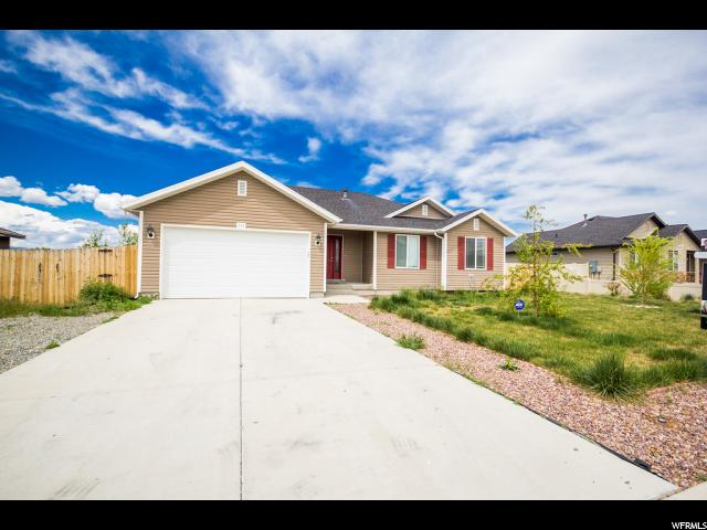 Additional photo for property listing at 703 E 2680 S  Naples, Utah 84078 États-Unis
