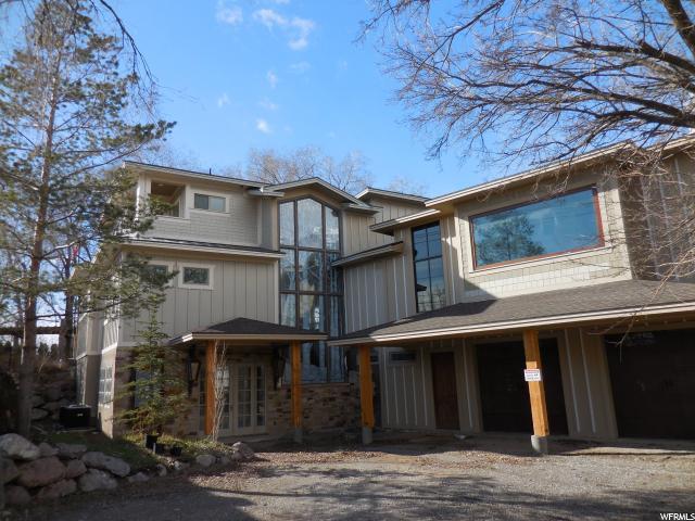 Unique la famille pour l Vente à 1160 W 2600 N Pleasant Grove, Utah 84062 États-Unis
