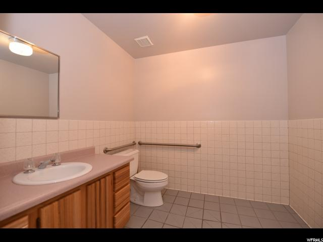 Additional photo for property listing at 4047 S 300 W 4047 S 300 W Unit: 150 Murray, 犹他州 84107 美国