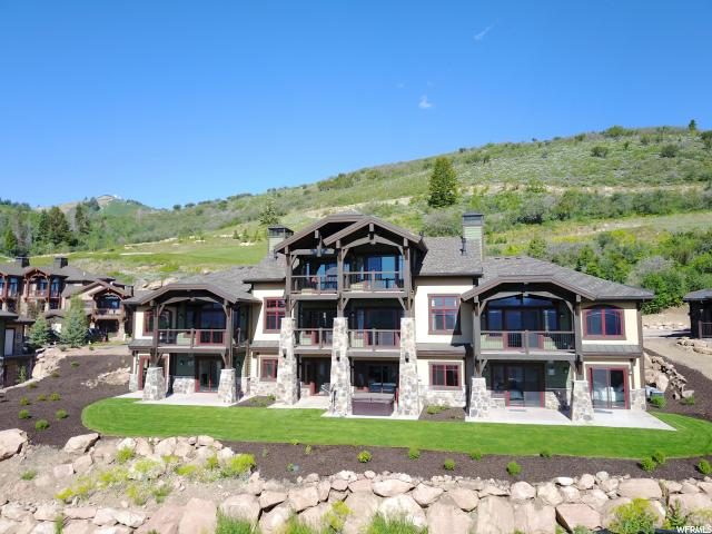 Maison accolée pour l Vente à 4212 FAIRWAY Lane 4212 FAIRWAY Lane Unit: F-4 Park City, Utah 84098 États-Unis