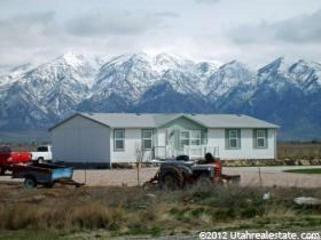 Single Family for Sale at 6580 W 4000 N Corinne, Utah 84307 United States