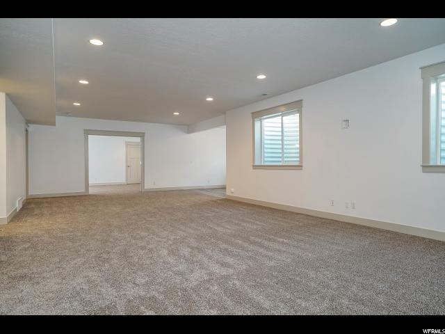 Additional photo for property listing at 2136 W RICHARD RAMBLES ROAD 2136 W RICHARD RAMBLES ROAD Unit: 305 Kaysville, Utah 84037 United States
